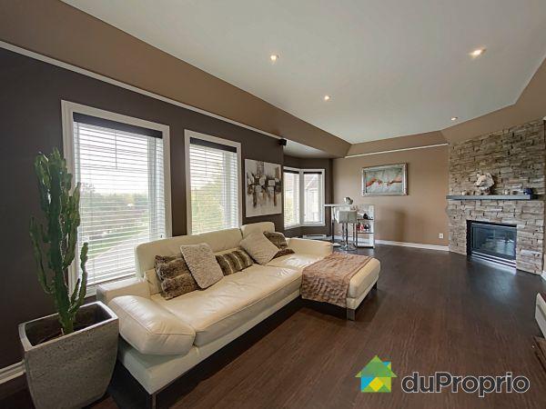 Living Room - 3058 BOUL DANIEL-JOHNSON, Chomedey for sale
