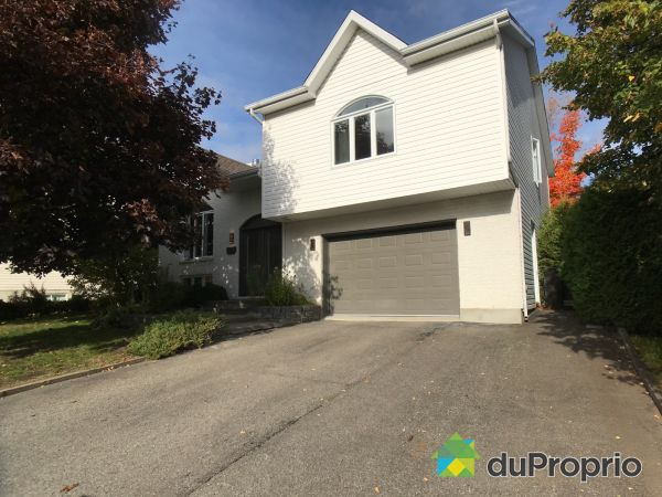 1058 rue Chagall, Val-Bélair for sale