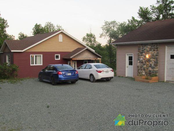 Garage - 4280 chemin de la Chapelle, Rouyn-Noranda for sale