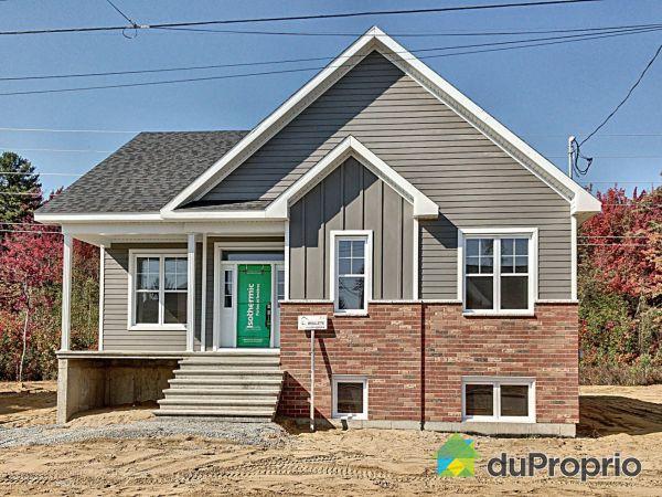 223 rue Plessis - Par Construction Serge Brouillette, Drummondville (Drummondville) for sale
