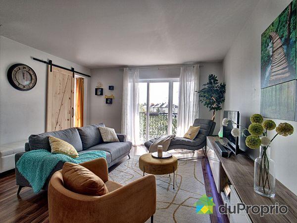 Salle à manger / Salon - 208-400, rue du Macon, St-Jérôme (Lafontaine) à vendre