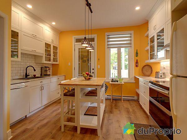 Kitchen - 479 rue des Franciscains, Montcalm for sale