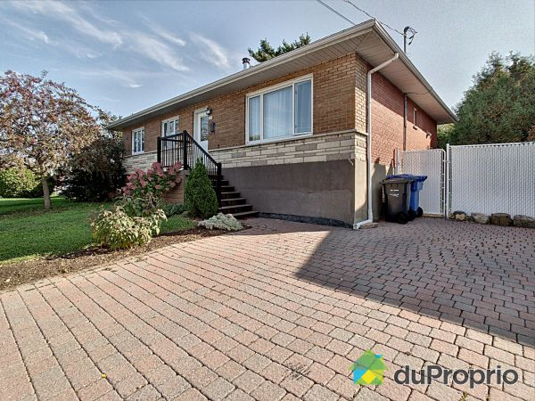 3155 rue Prince-Charles, Longueuil (St-Hubert) for sale