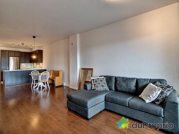Salon - 215-1100, rue de Port-Royal Est, Ahuntsic / Cartierville à vendre