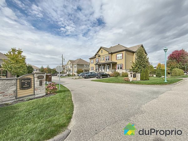 Rond-point - 203-3423, rue Alfred-Desrochers, Sherbrooke (Rock Forest) à vendre