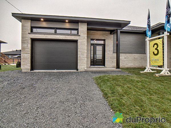 49 rue Honoré  -  Par Construction Rivard & Fils, Victoriaville for sale