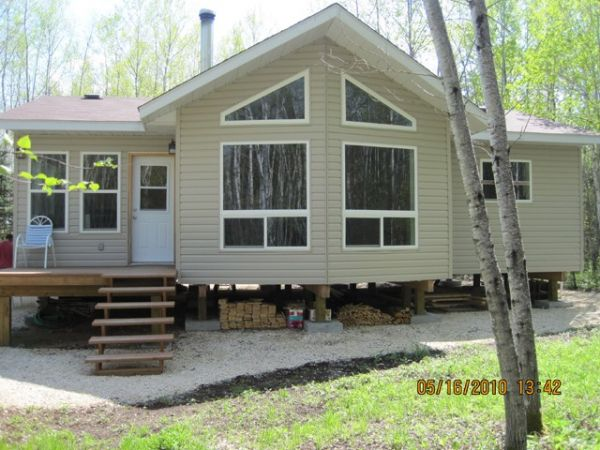 Cottage sold in wanipigow lake east comfree 205901 for Cottage packages manitoba