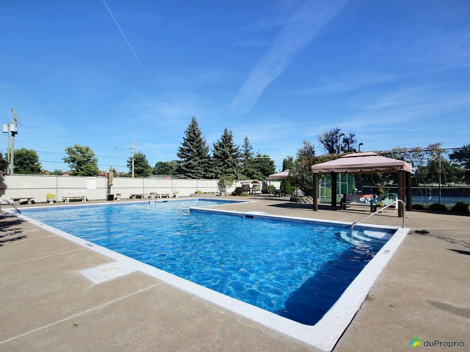 Condo vendre brossard 604 8065 boulevard du saint for Brossard piscine