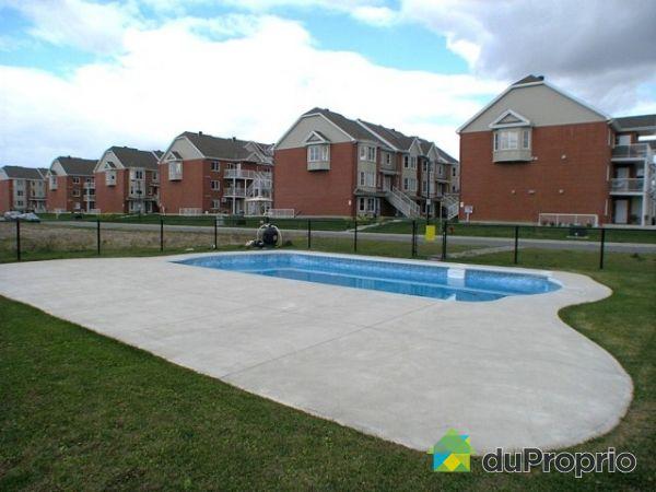 Condo vendu brossard immobilier qu bec duproprio 213425 for Brossard piscine