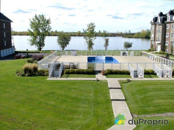 Condo vendu brossard immobilier qu bec duproprio 140776 for Brossard piscine