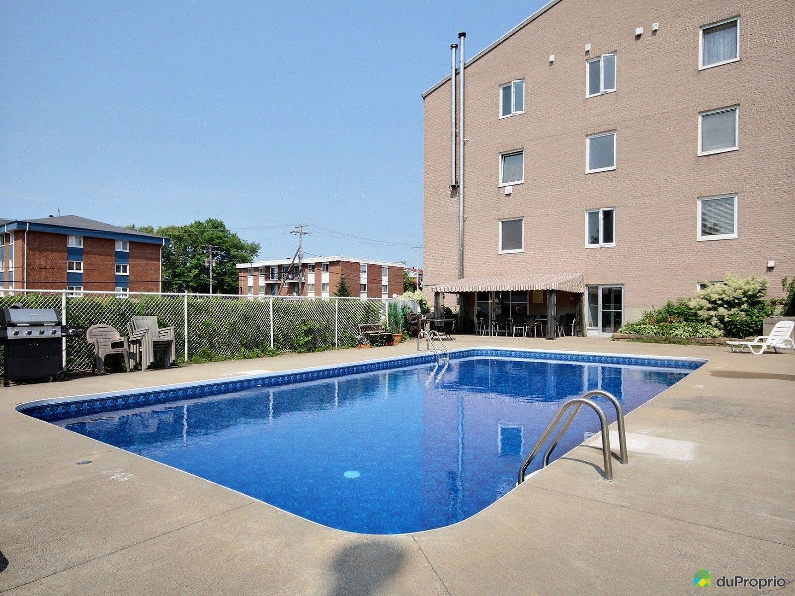 Condo vendre charlesbourg 409 4405 rue le monelier for Arpidrome charlesbourg piscine