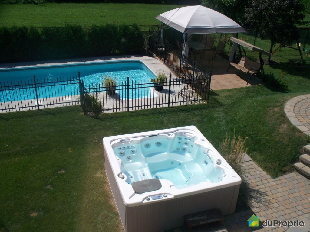 Maison vendu sorel tracy immobilier qu bec duproprio for Piscine et spa