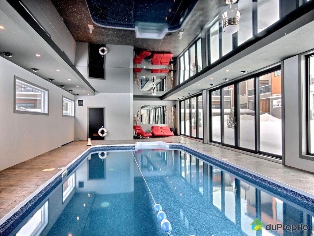 Piscine municipale interieur quebec for Eclairage interieur piscine