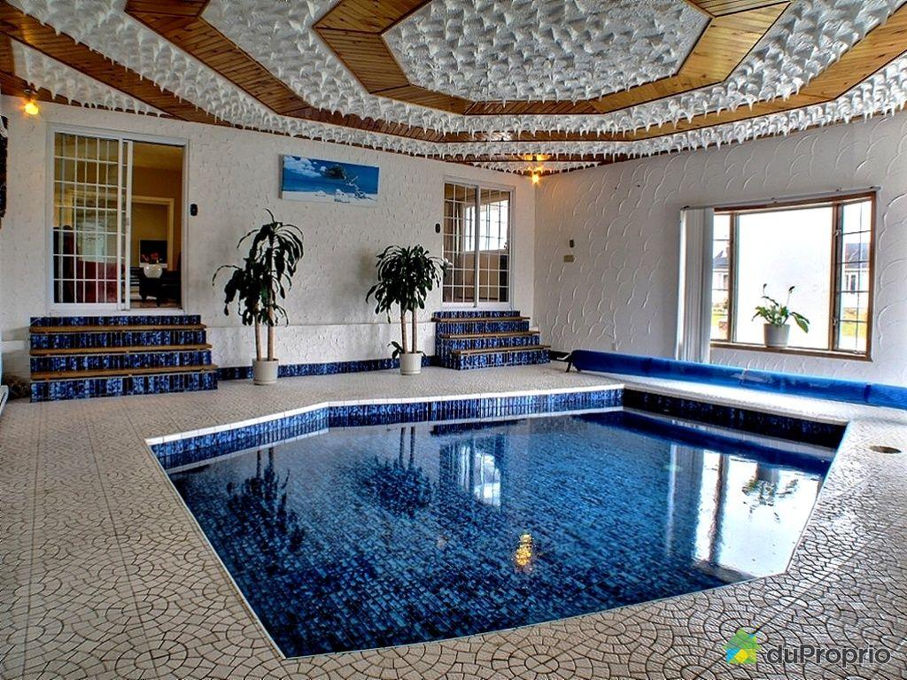 Domaine et villa vendu gatineau immobilier qu bec - Piscine interieure maison prix ...