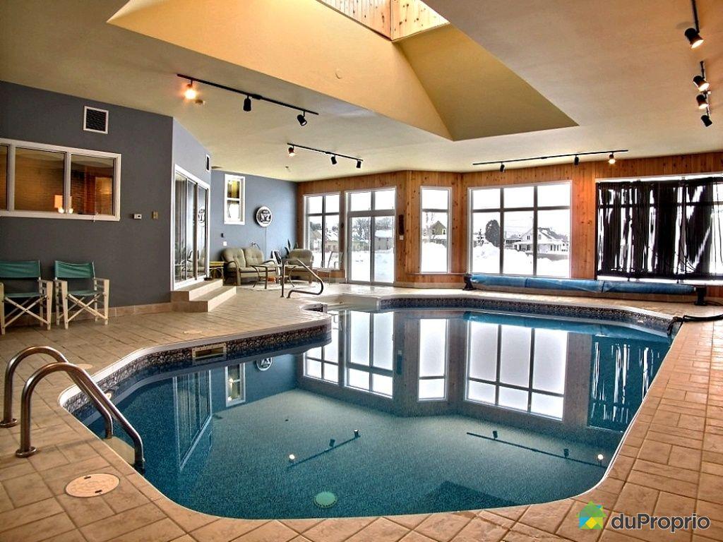 Maison vendre charette 171 rue de la station for Hotel lyon avec piscine interieure