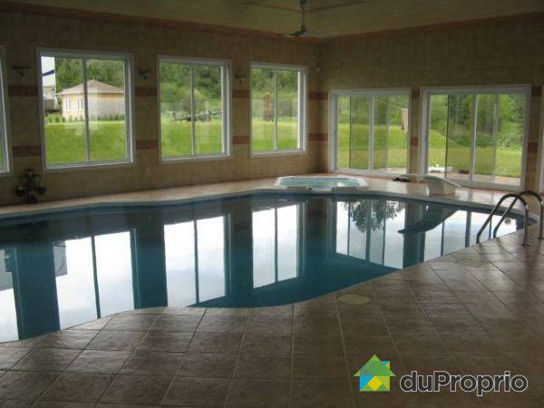 maison a vendre avec piscine interieure quebec. Black Bedroom Furniture Sets. Home Design Ideas