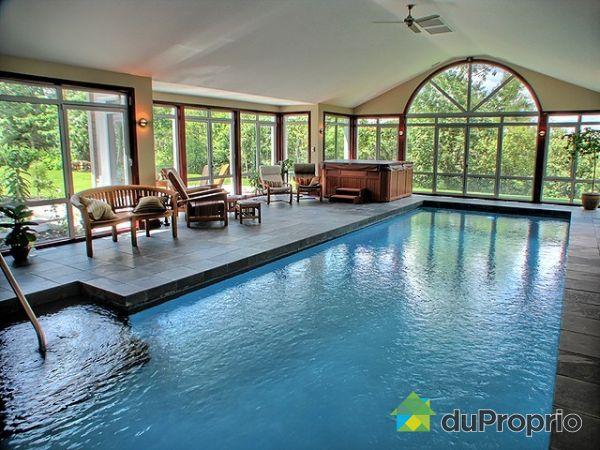 Plan maison avec piscine int rieure maison moderne - Residence avec piscine interieure ...