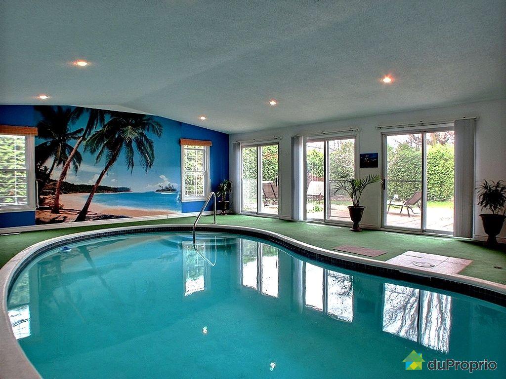 Maison avec piscine interieure a vendre quebec for Abri piscine quebec