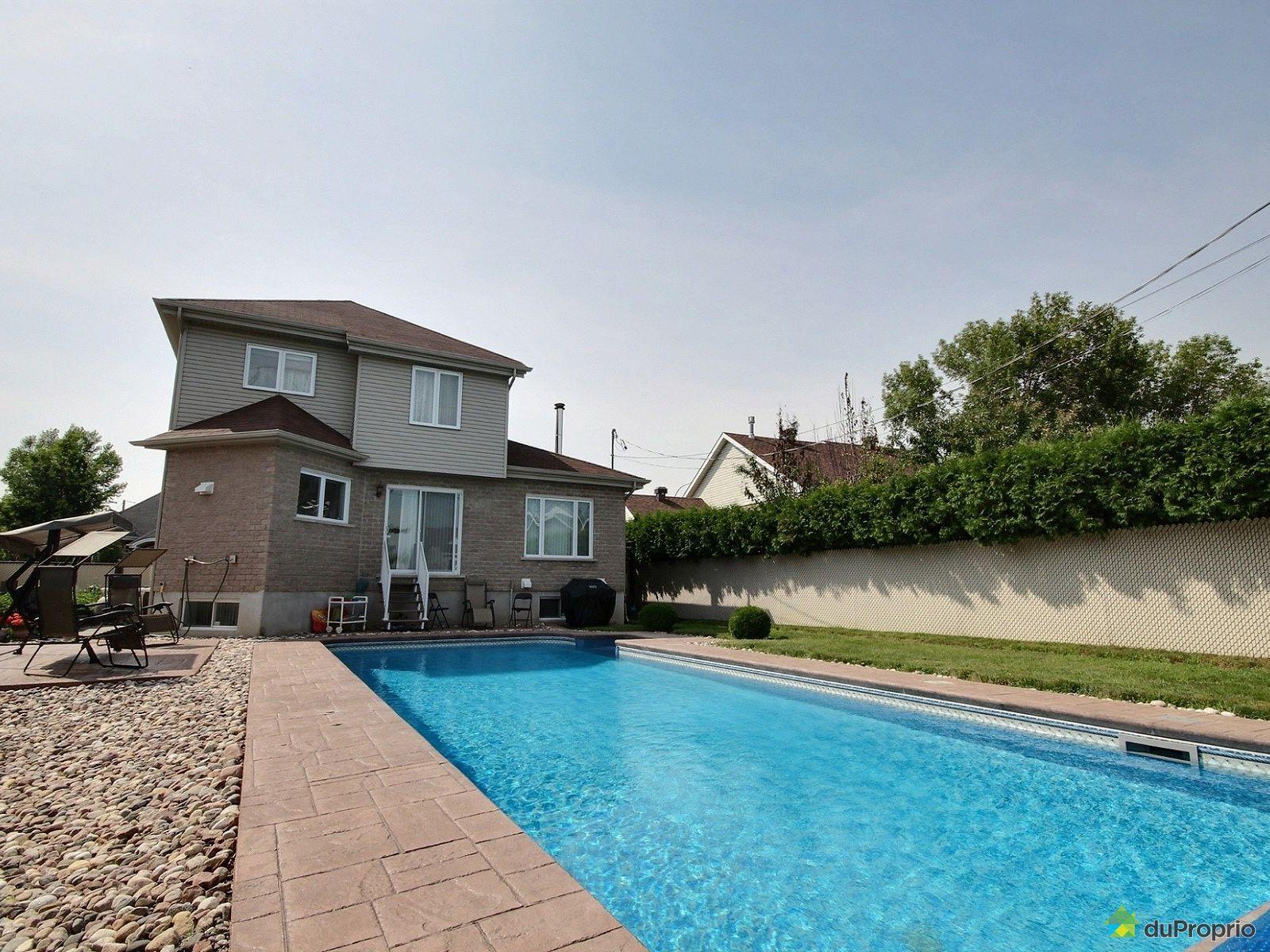 Maison vendre brossard 2620 place olivine immobilier for Brossard piscine
