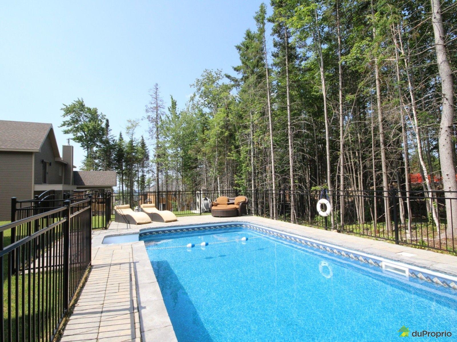 Maison vendre charlesbourg 9492 rue des li vres for Arpidrome charlesbourg piscine