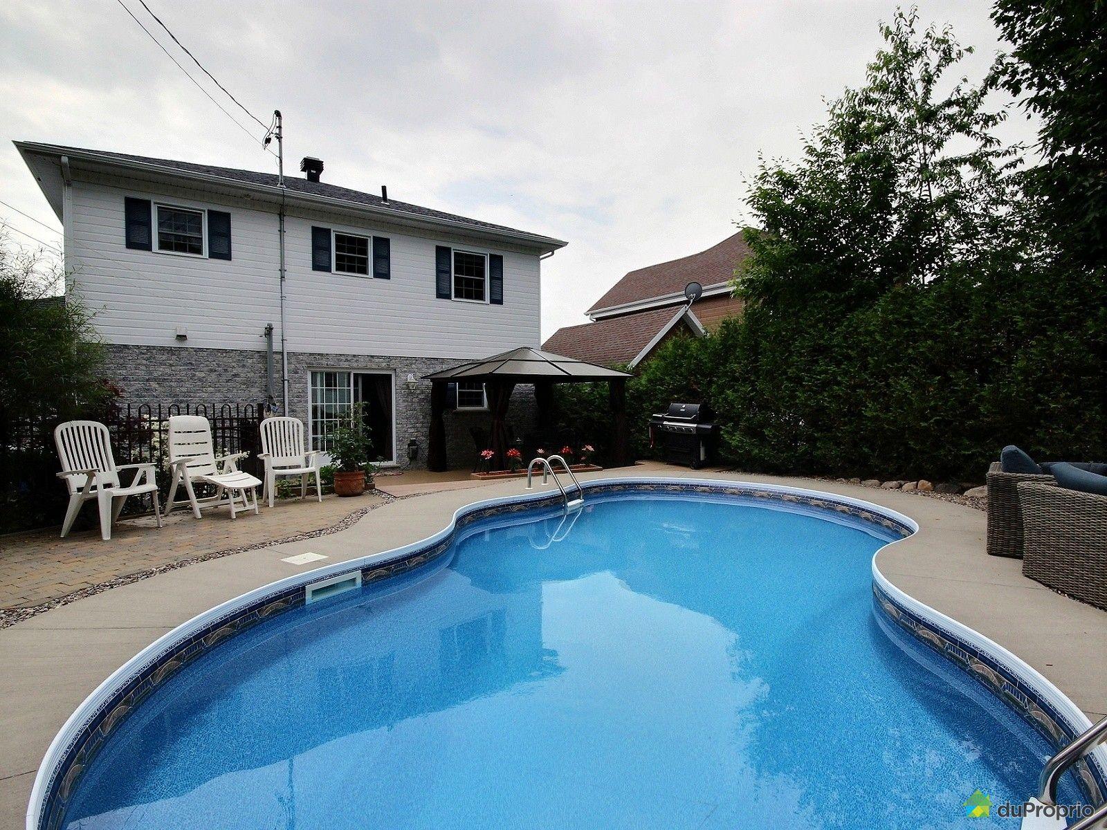 Maison vendre charlesbourg 1067 rue de la ch telaine for Arpidrome charlesbourg piscine