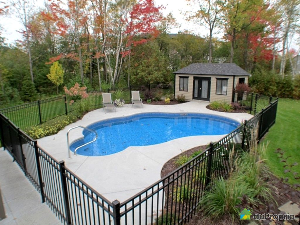 Maison vendu rock forest immobilier qu bec duproprio for Construction piscine creusee