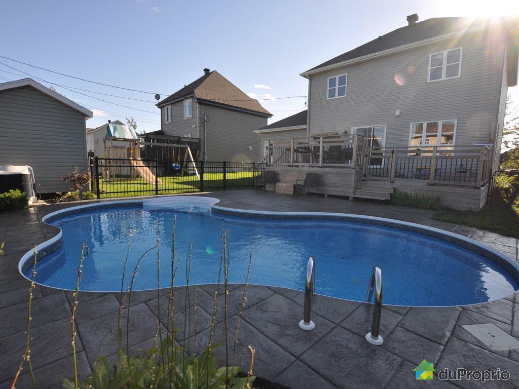 Maison vendu st r dempteur immobilier qu bec duproprio for Balayeuse piscine creusee