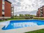 Condominium in La Prairie, Monteregie (Montreal South Shore)
