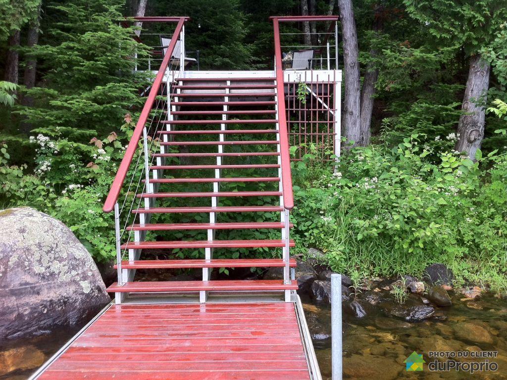 Meuble Tv A Vendre Quebec : Quai-chalet-a-vendre-lac-des-plages-quebec-province-large-5745931jpg