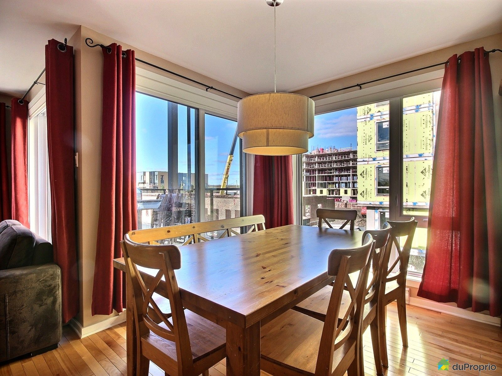 condo vendre montr al 4965 rue duchesneau immobilier qu bec duproprio 653613. Black Bedroom Furniture Sets. Home Design Ideas