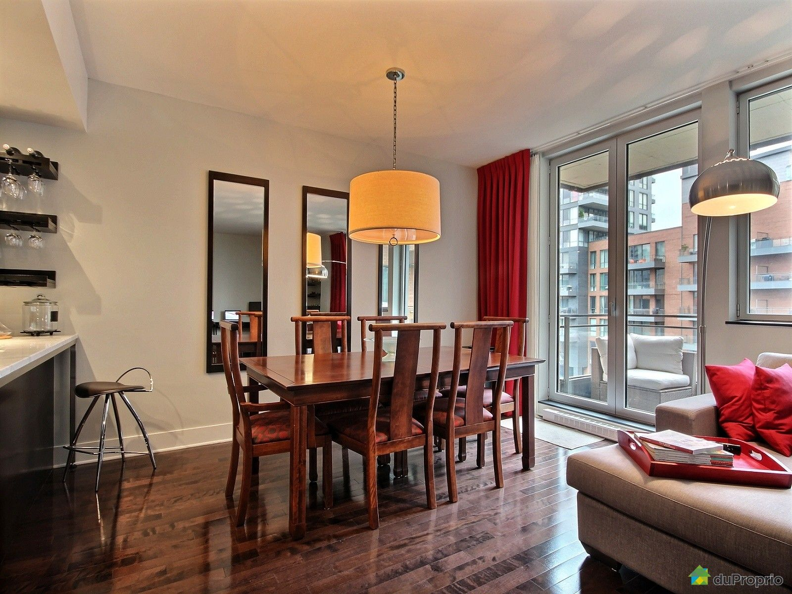 Condo vendu montr al immobilier qu bec duproprio 549747 for Salle a manger montreal