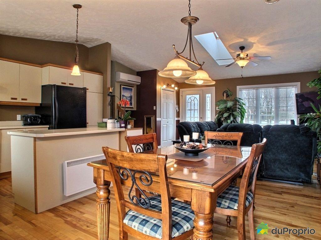 bi g n ration vendre granby 11 rue d 39 orly immobilier qu bec duproprio 411134. Black Bedroom Furniture Sets. Home Design Ideas