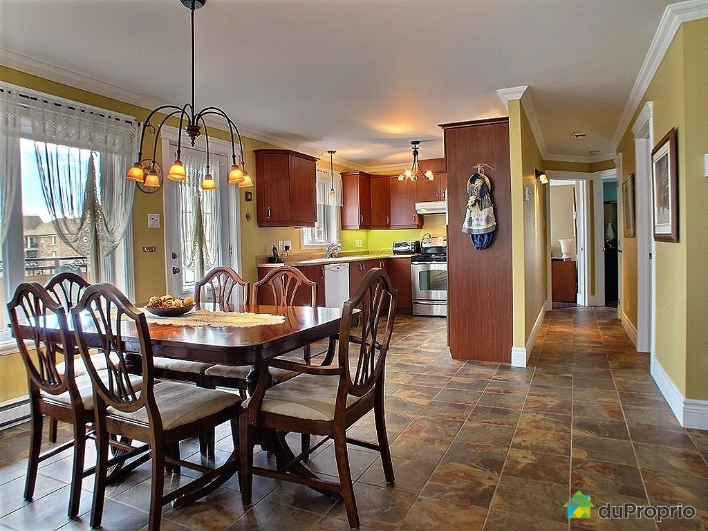 Condo vendu lebourgneuf immobilier qu bec duproprio for Salle a manger a vendre