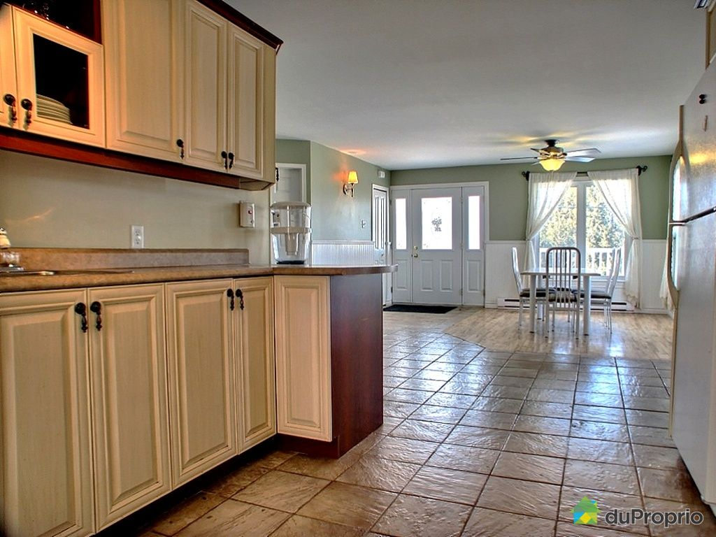 duplex vendu ascot immobilier qu bec duproprio 308986. Black Bedroom Furniture Sets. Home Design Ideas