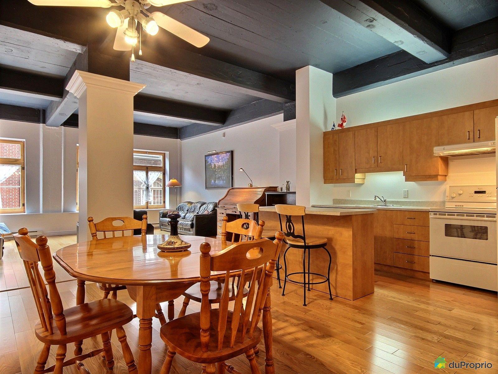 Loft vendu vieux port immobilier qu bec duproprio 603110 for Salle a manger loft