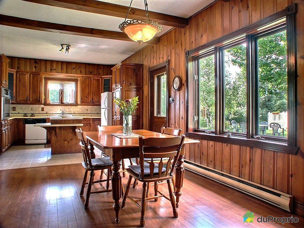 Maison vendu drummondville 377 7i me rang immobilier for Armoire de cuisine drummondville