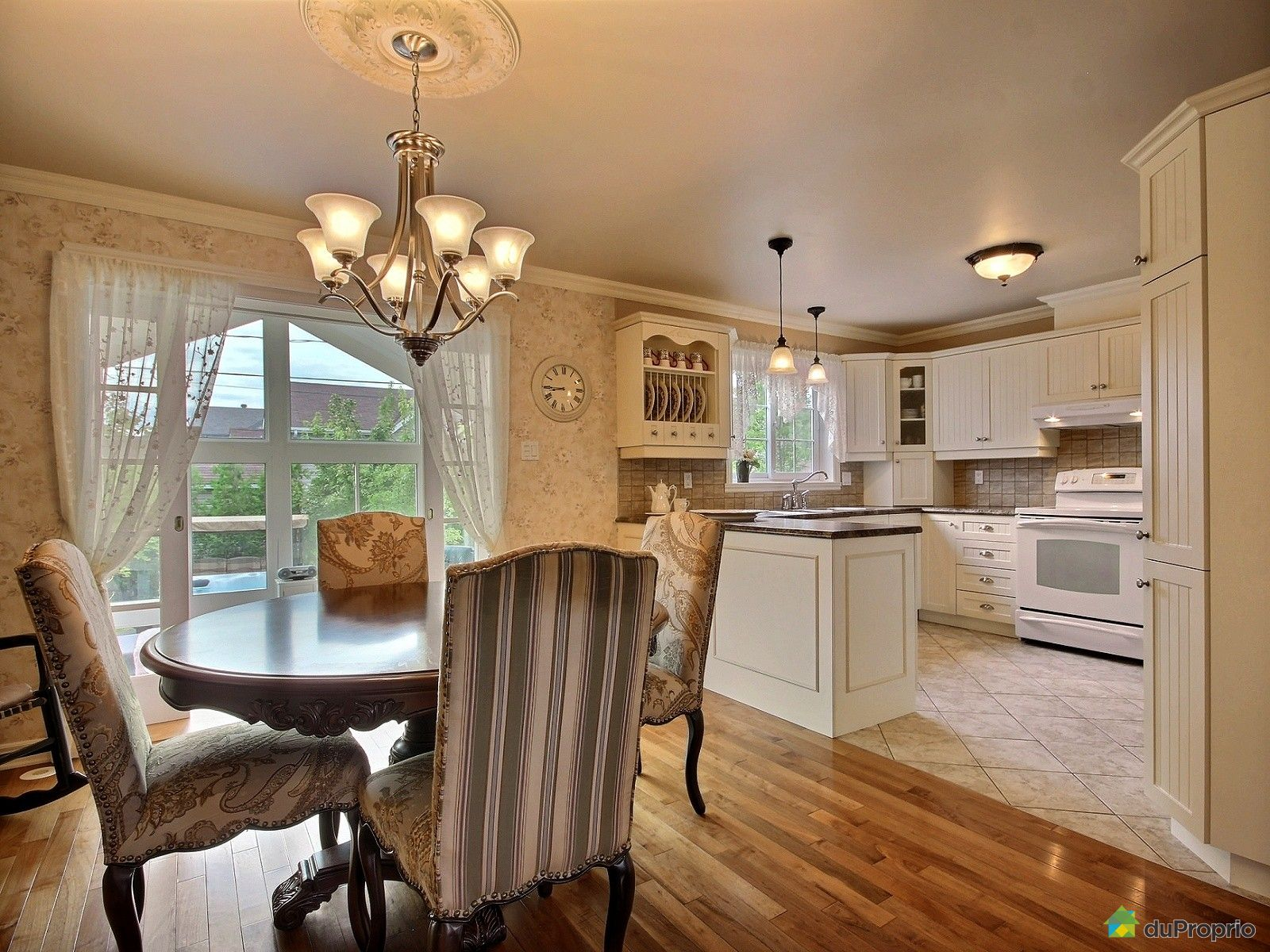 Maison Vendre Mcmasterville 374 Place John M Manders