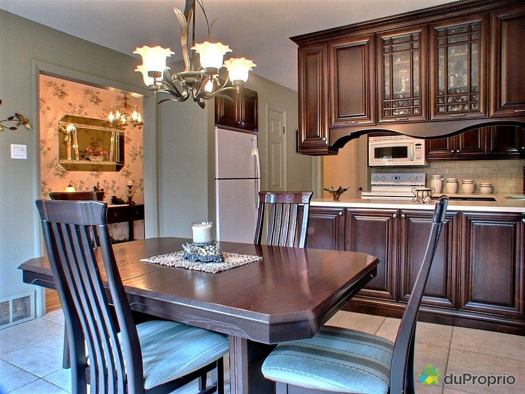 maison vendu richelieu 400 10i me avenue immobilier qu bec duproprio 312453. Black Bedroom Furniture Sets. Home Design Ideas