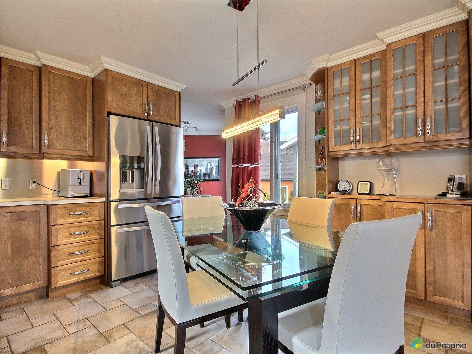 Maison vendre rimouski 50 rue du givre immobilier for Cuisine 50 rue condorcet