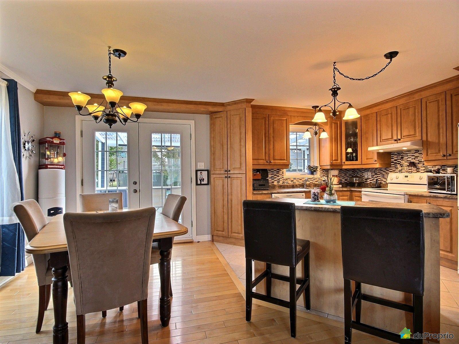 maison vendre st tienne de lauzon 91 rue de touraine immobilier qu bec duproprio 151504. Black Bedroom Furniture Sets. Home Design Ideas