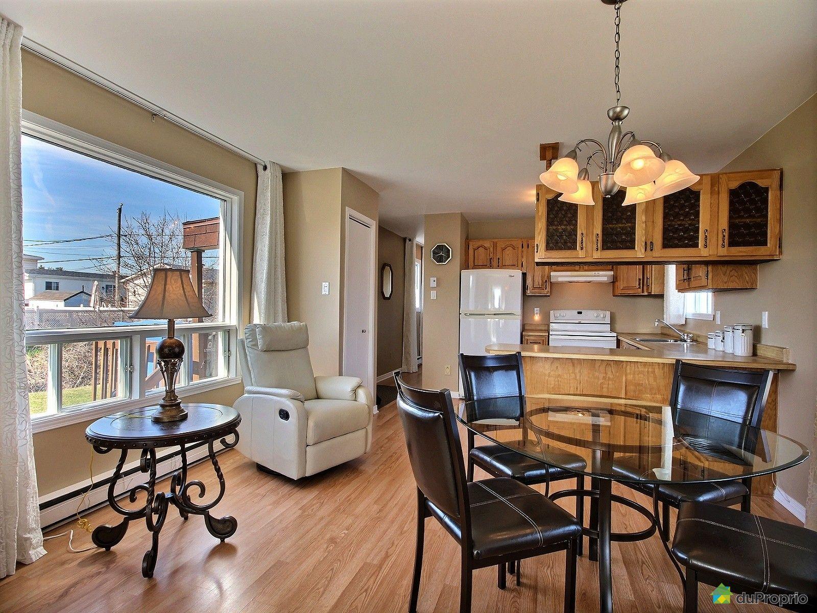 maison vendre l 39 assomption 32 rue sylvie immobilier qu bec duproprio 699399. Black Bedroom Furniture Sets. Home Design Ideas
