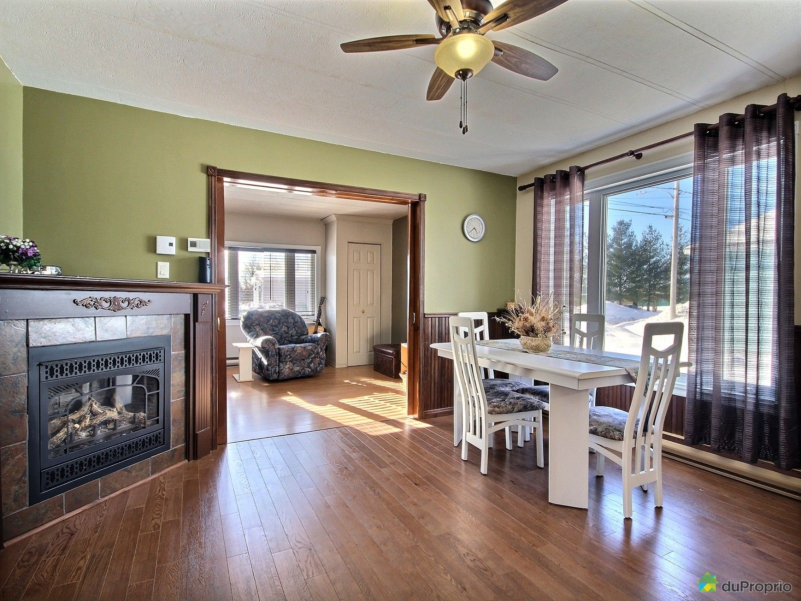 maison vendu st ambroise immobilier qu bec duproprio 686277. Black Bedroom Furniture Sets. Home Design Ideas