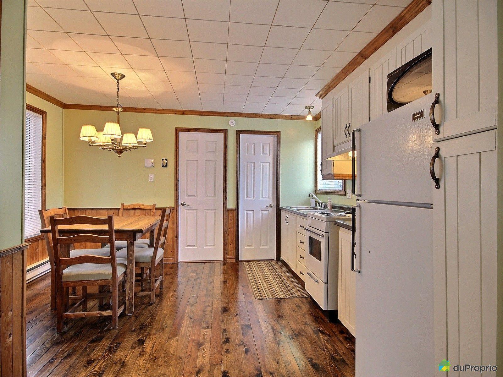 Maison vendre st apollinaire 316 rue des bois for Salle a manger a vendre