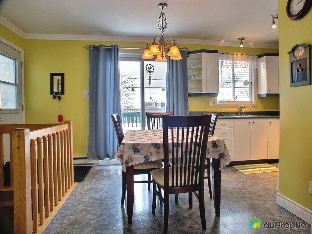 Maison vendu l vis immobilier qu bec duproprio 248057 for Salle a manger levi