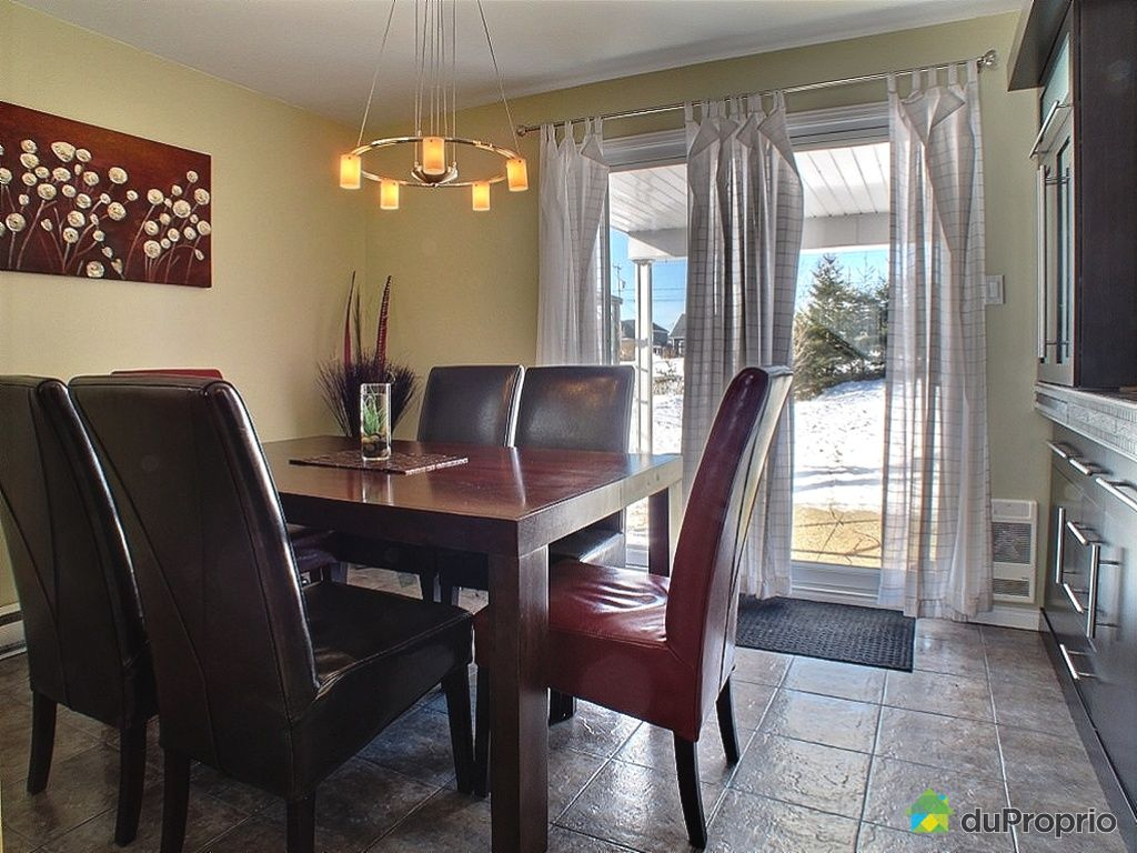 Maison vendu l vis immobilier qu bec duproprio 337825 for Salle a manger levi