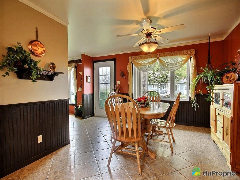 Maison vendu l vis immobilier qu bec duproprio 461976 for Salle a manger levi