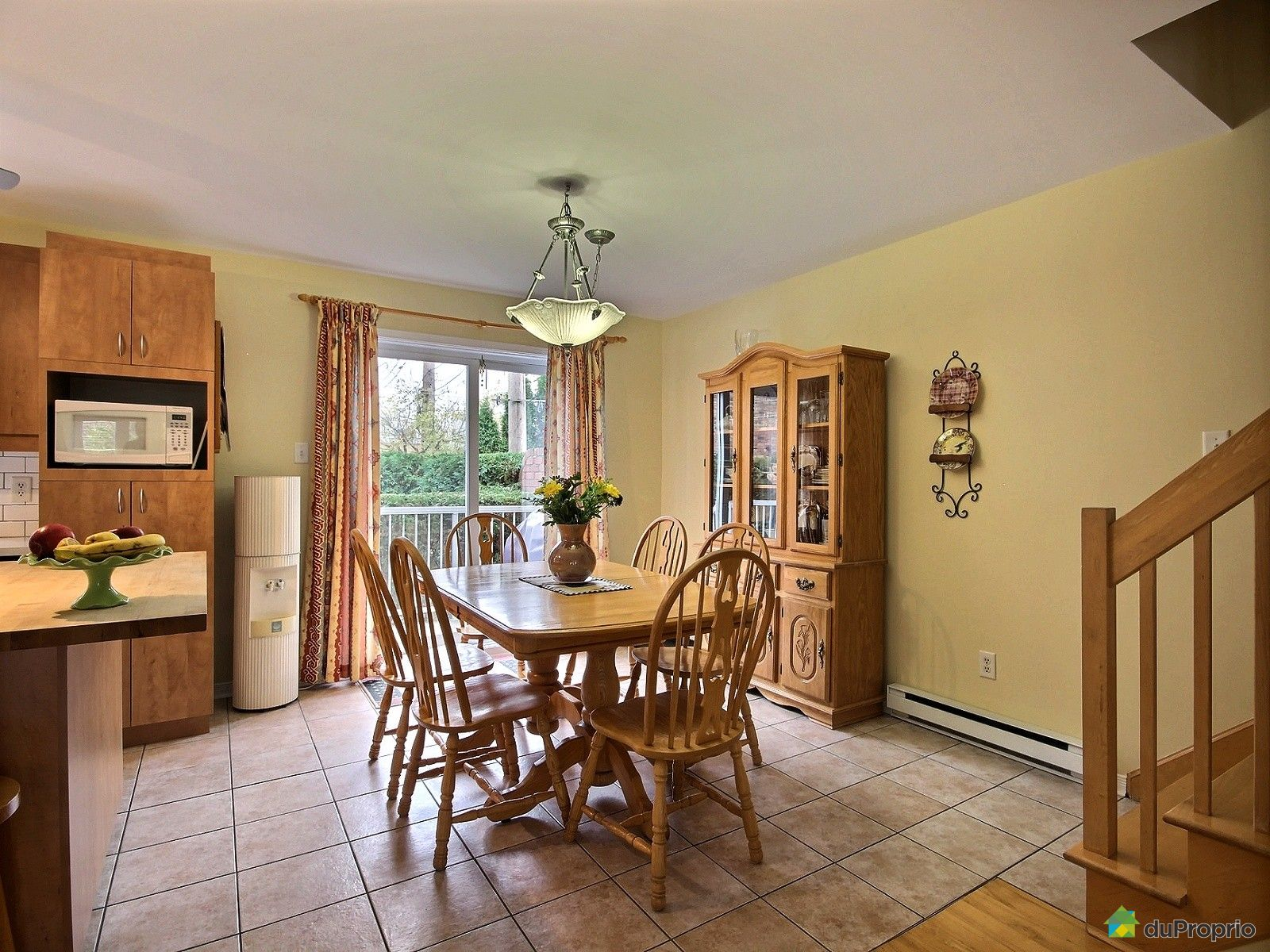maison vendu montr al immobilier qu bec duproprio 559071. Black Bedroom Furniture Sets. Home Design Ideas