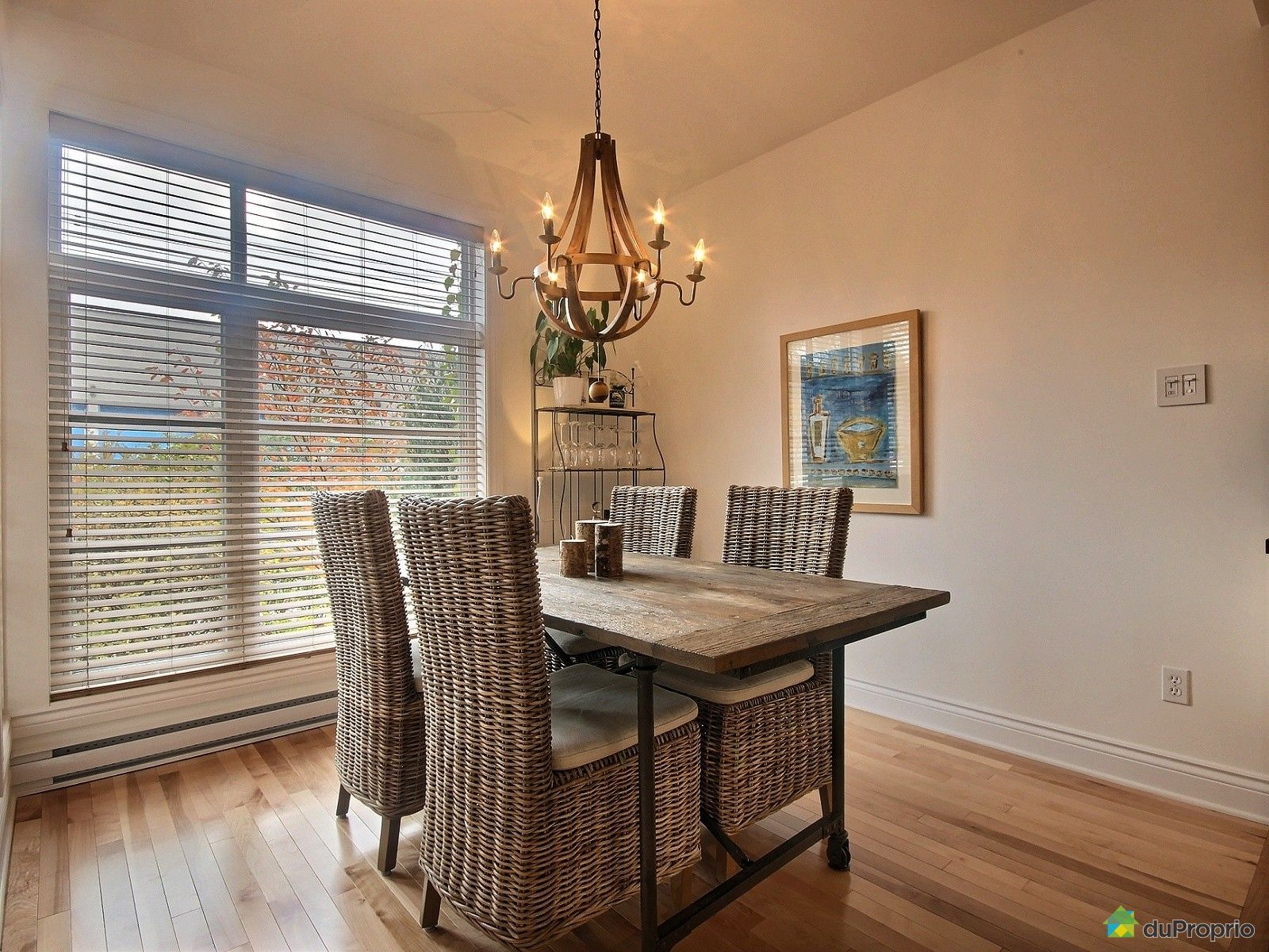 maison vendu montr al immobilier qu bec duproprio 540915. Black Bedroom Furniture Sets. Home Design Ideas