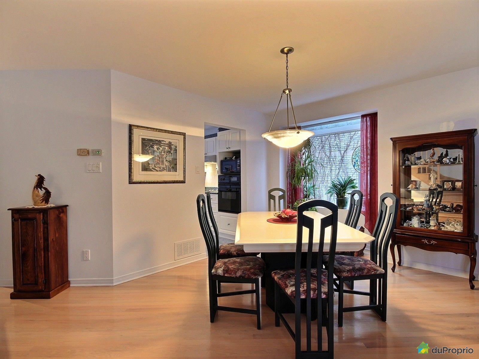 maison vendre montr al 6084 rue de jumonville. Black Bedroom Furniture Sets. Home Design Ideas