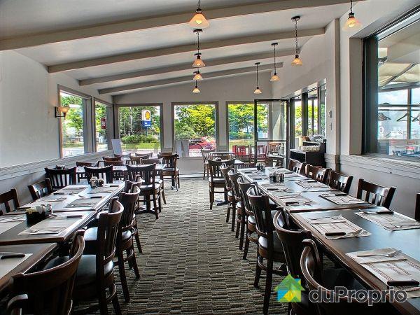 Restauration vendre montr al 10941 rue notre dame est for Salle a manger montreal restaurant